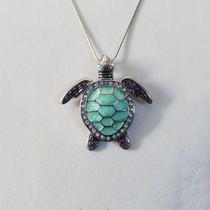 Jewelry - Sea Turtle Necklace/Tortoise Turtle Pendant/ Shell